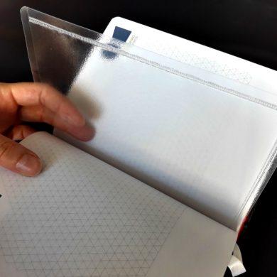pagine trasparenti di plastica